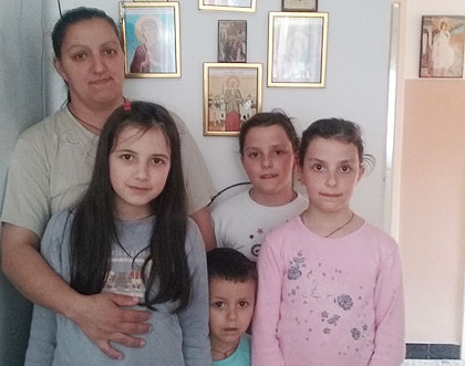 Помогнути Симовићи из Црне Горе