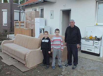 Помоћ Петровићима из Грачанице