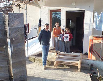 Испорука Божићне помоћи на Космету
