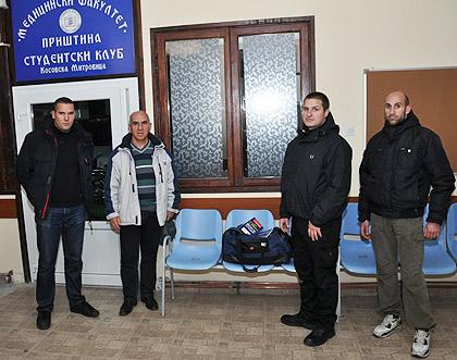 Уручене књиге у Косовској Митровици