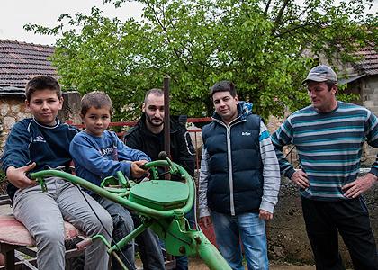 http://www.srbizasrbe.org/wp-content/themes/szs-theme/images/Krajina/2014/Vaskrs/katic2.jpg