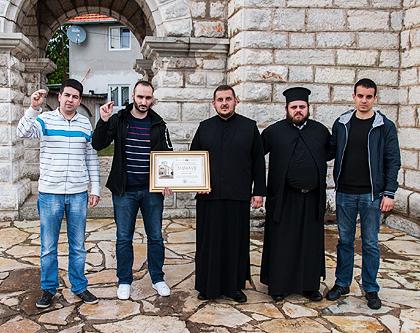 http://www.srbizasrbe.org/wp-content/themes/szs-theme/images/Krajina/2014/Vaskrs/manastir-ocestovo.jpg