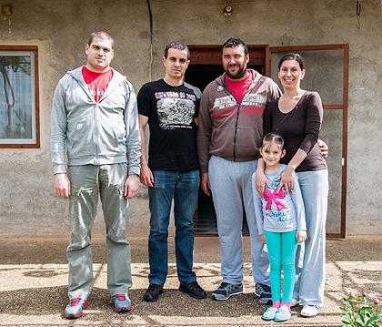 http://www.srbizasrbe.org/wp-content/themes/szs-theme/images/Krajina/2014/Vaskrs/tisma.jpg