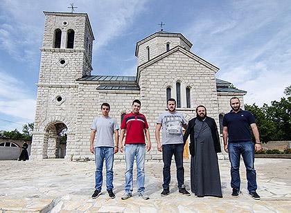 http://www.srbizasrbe.org/wp-content/themes/szs-theme/images/Krajina/2015/septembar/DSC_2158.jpg