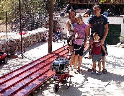 Помогнута породица Ћосо из Крајине