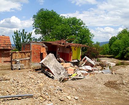Срби за Србе помогли у Братунцу