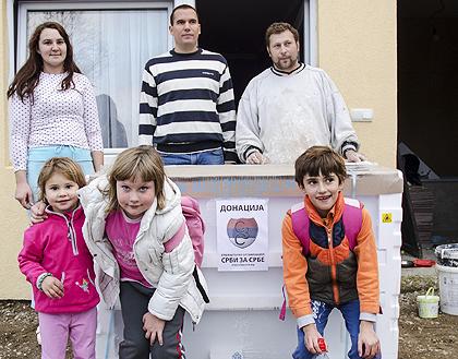 Нова помоћ поплављенима у Бијељини