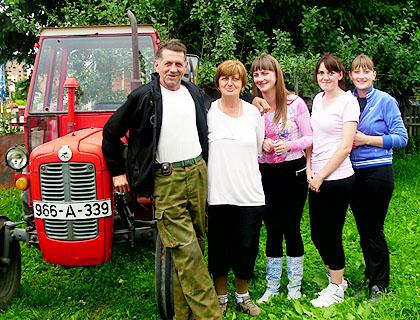 Полован трактор за Работе са Пала