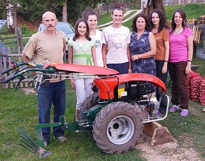 Помогнута породица Трифковић са Пала