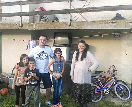 СЗС у посети Кракићима из И. Сарајева