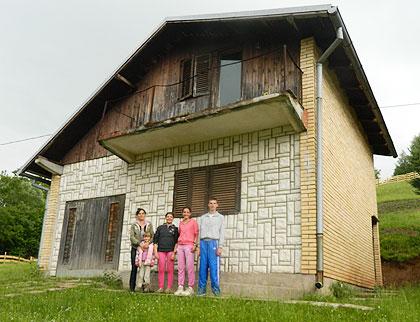 СЗС обезбедили кућу породици са Пала