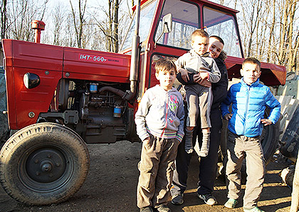 Трактор и прикључци за Марјановиће