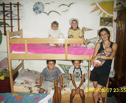 Стигла помоћ за породицу Вулић