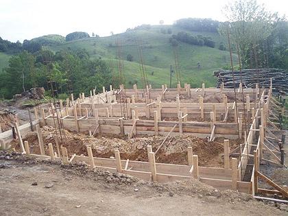Изградња куће Баловићима у току