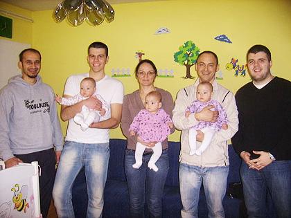 У посети бебама Спасић