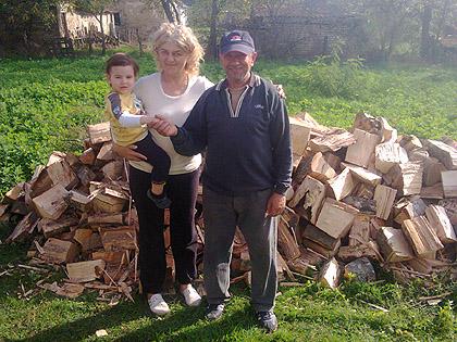 Испоручена дрва за породицу Пејић