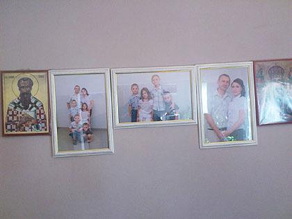 https://www.srbizasrbe.org/wp-content/themes/szs-theme/images/Srbija/2013/Petrovici/5.jpg