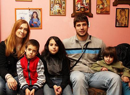 Посета и помоћ за четири породице