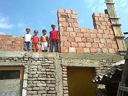 Нова кућа за Вулиће ускоро под кровом
