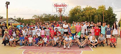 http://www.srbizasrbe.org/wp-content/themes/szs-theme/images/Srbija/2014/Lacarak/lac8.jpg