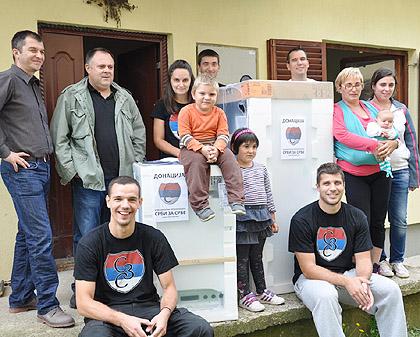 СЗС помогли поплављене у Обреновцу