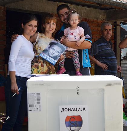https://www.srbizasrbe.org/wp-content/themes/szs-theme/images/Srbija/2014/POPLAVE/TrstenikPomoc/trstenik15.jpg