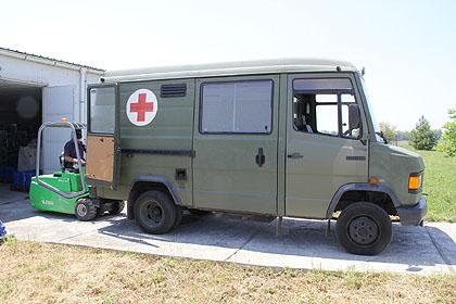 https://www.srbizasrbe.org/wp-content/themes/szs-theme/images/Srbija/2014/POPLAVE/dezinfekcija/dezinfekcija%20%284%29.jpg