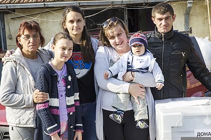 https://www.srbizasrbe.org/wp-content/themes/szs-theme/images/Srbija/2014/POPLAVE/obrenovac2/obrenovac%20%2813%29.jpg