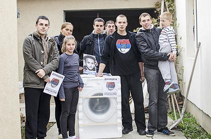 http://www.srbizasrbe.org/wp-content/themes/szs-theme/images/Srbija/2014/POPLAVE/obrenovac2/obrenovac%20%282%29.jpg