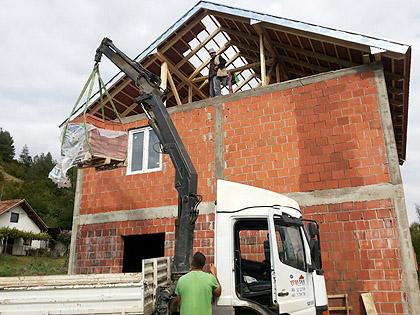Наставак изградња куће Илићима