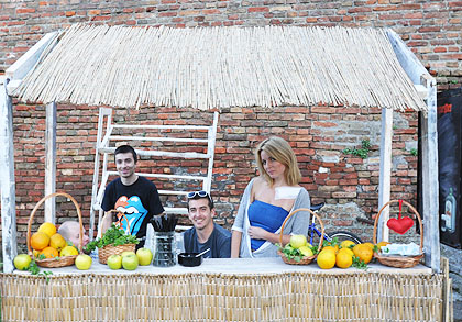 http://www.srbizasrbe.org/wp-content/themes/szs-theme/images/Srbija/2014/kalemegdan/kalis%20%2821%29.jpg
