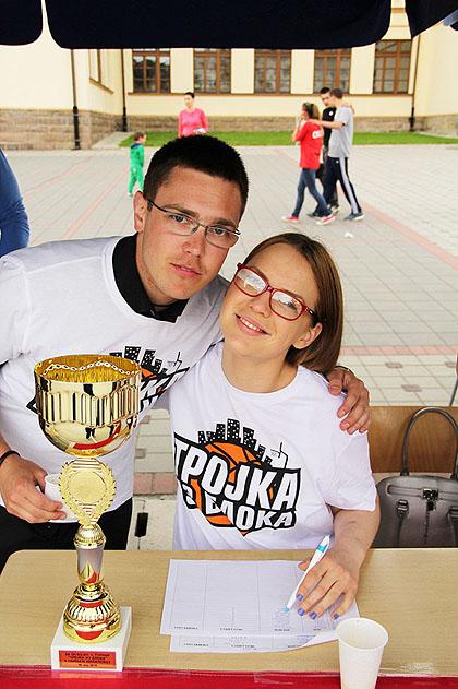http://www.srbizasrbe.org/wp-content/themes/szs-theme/images/Srbija/2014/milanovac/turnir%20%282%29.jpg