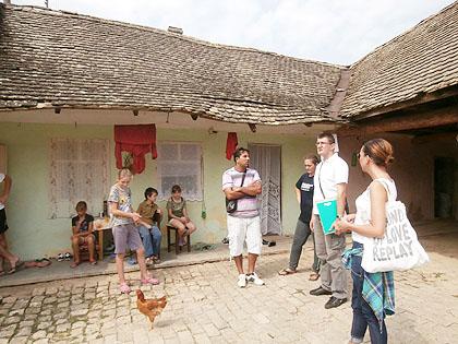 http://www.srbizasrbe.org/wp-content/themes/szs-theme/images/Srbija/2014/novakovici/novakovici%20%2812%29.jpg