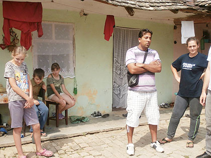 http://www.srbizasrbe.org/wp-content/themes/szs-theme/images/Srbija/2014/novakovici/novakovici%20%283%29.jpg