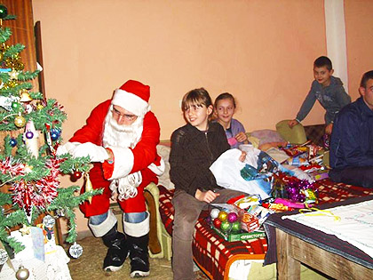 http://www.srbizasrbe.org/wp-content/themes/szs-theme/images/Srbija/2014/paketici/9.jpg