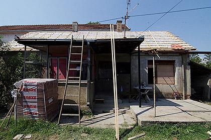 http://www.srbizasrbe.org/wp-content/themes/szs-theme/images/Srbija/2015/Popovic/popovic10.jpg