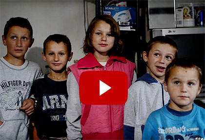 Видео: Уселимо мале Вуковиће пре зиме