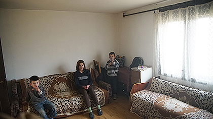 https://www.srbizasrbe.org/wp-content/themes/szs-theme/images/Srbija/2016/Djuric/dj11.jpg