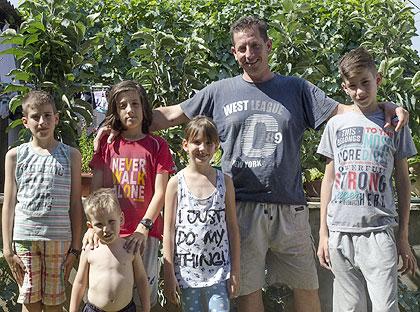 Срби за Србе посетили Јеремиће из Руме