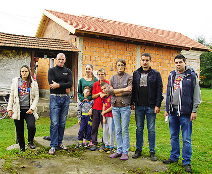 Нови кров за Павловиће из Чачка