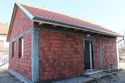 Изграђена кућа Страјнићима у Каћу