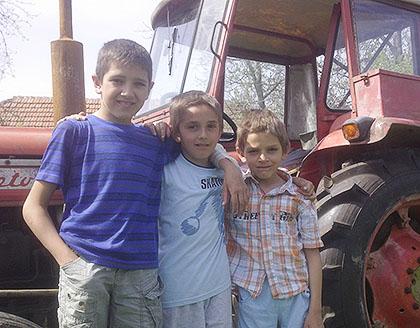 Половни трактор за Тодоровиће