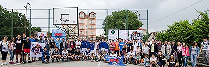 http://www.srbizasrbe.org/wp-content/themes/szs-theme/images/Srbija/2016/TrojkaIzBloka/SPalanka/sp1.jpg