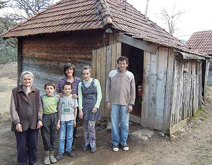 У посети Думбеловићима код Н. Вароши