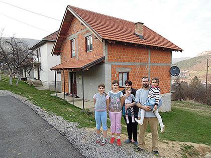https://www.srbizasrbe.org/wp-content/themes/szs-theme/images/Srbija/2017/Mandic/m1.jpg