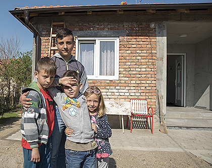 https://www.srbizasrbe.org/wp-content/themes/szs-theme/images/Srbija/2017/Topalovic/t11.jpg
