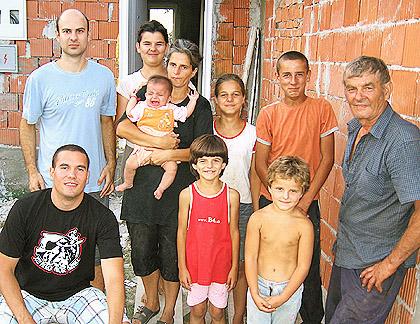 СЗС помогли три породице у Шапцу