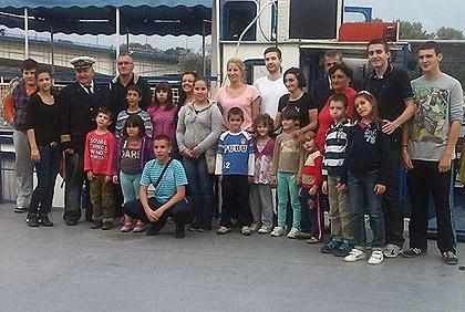 Брод осмеха – Хуманитарна пловидба