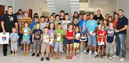 СЗС обрадовали више од 1200 деце!