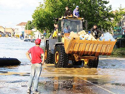 Борба против поплава - СЗС извештај